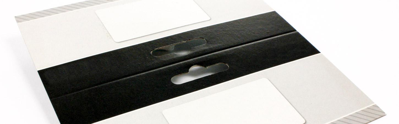 Sattelreiter aus Karton mit Eurolochung
